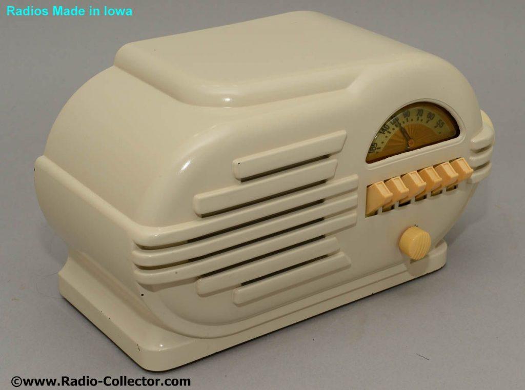 Belmont model 6d111, Radio made in Iowa