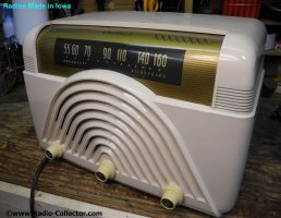 Crosley model 68TW, Radio made in Iowa