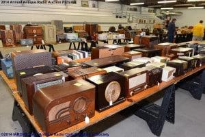 2014 IARCHS Antique Radio Auction Picture