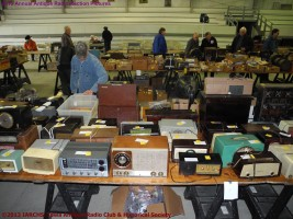 2013 IARCHS Antique Radio Auction Picture
